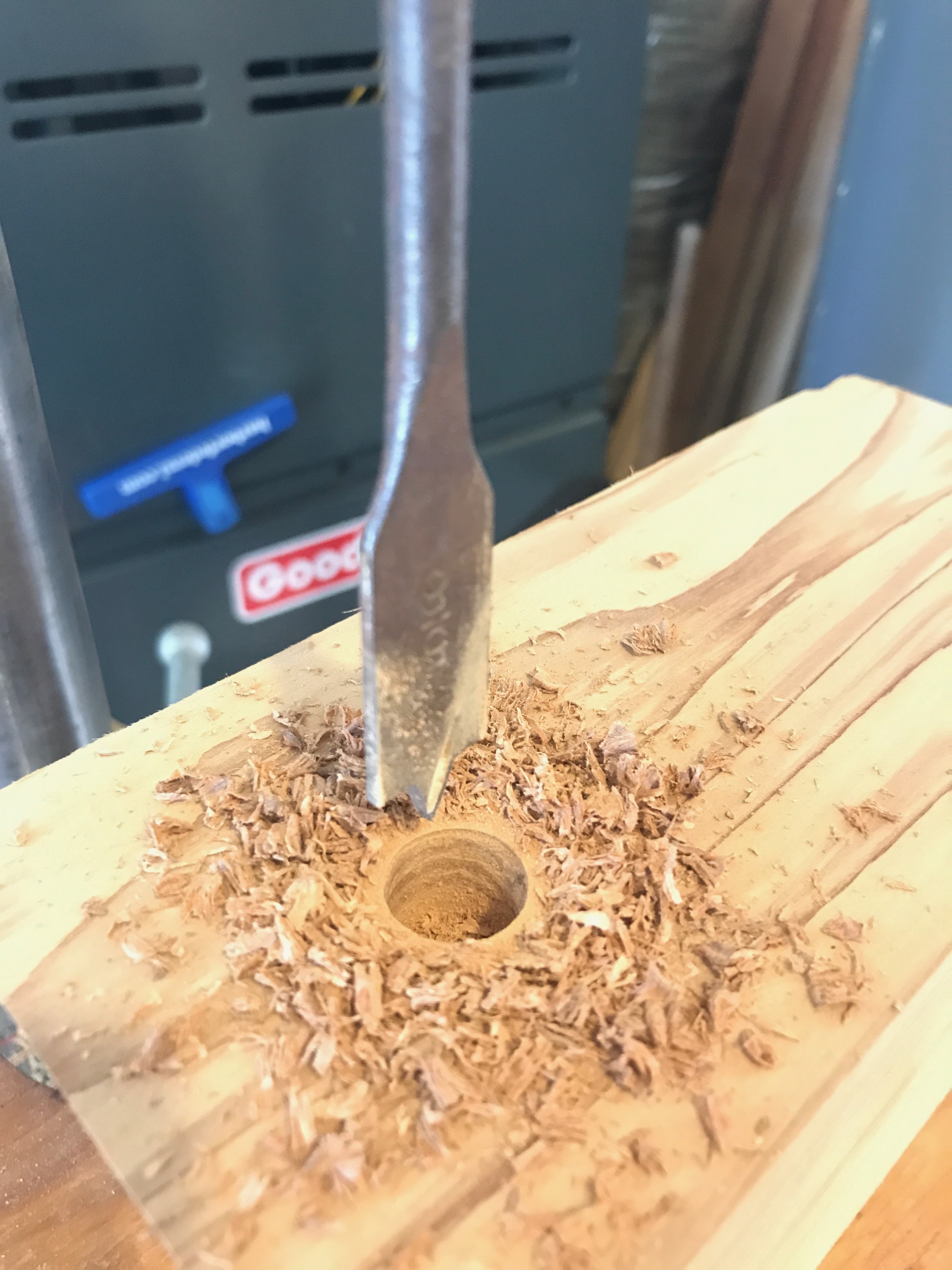 drill_press_spade_bit_gramophone_diy